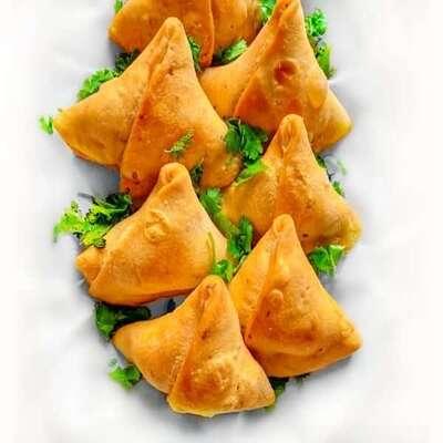 samosa Indian Food